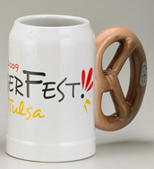 Pretzel Handle Mug, white mug body, 0.5l